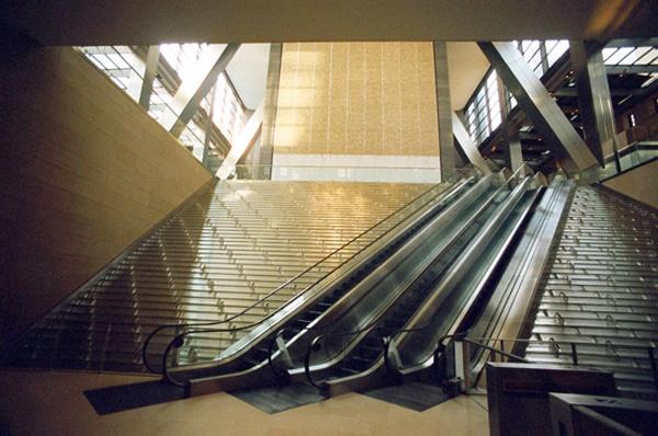 Hearst Tower Forser Escaleras Entada arquitecuta